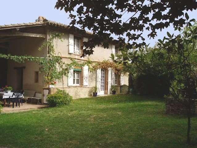 Traditional farmhouse - Rabastens - Casa