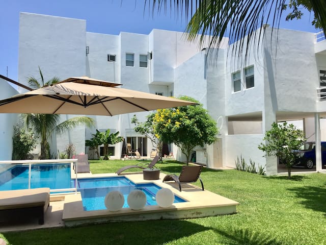 Lovely Twin Room in amazing new house!! - San Miguel de Cozumel - Rumah