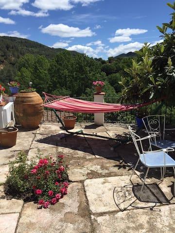 Buen vivir, paz en la naturaleza - Montán - House