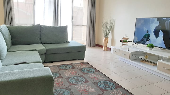 Clean & Cosy- Nearest Estate to Airport