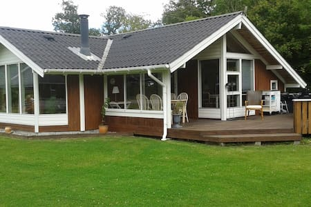 Cosy summerhouse near the coast - Horsens - Zomerhuis/Cottage