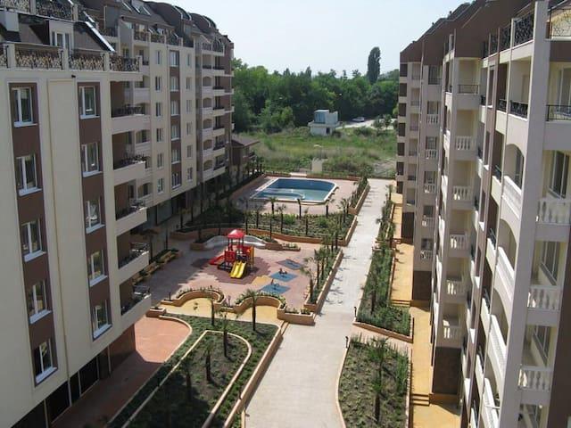 Квартира в г.Бургас к-с Перла - Burgas - Lägenhet