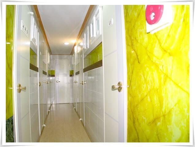 7호선 대림역 3분거리 깔끔한 원룸텔 (추가금 없음/개별 화장실 포함)