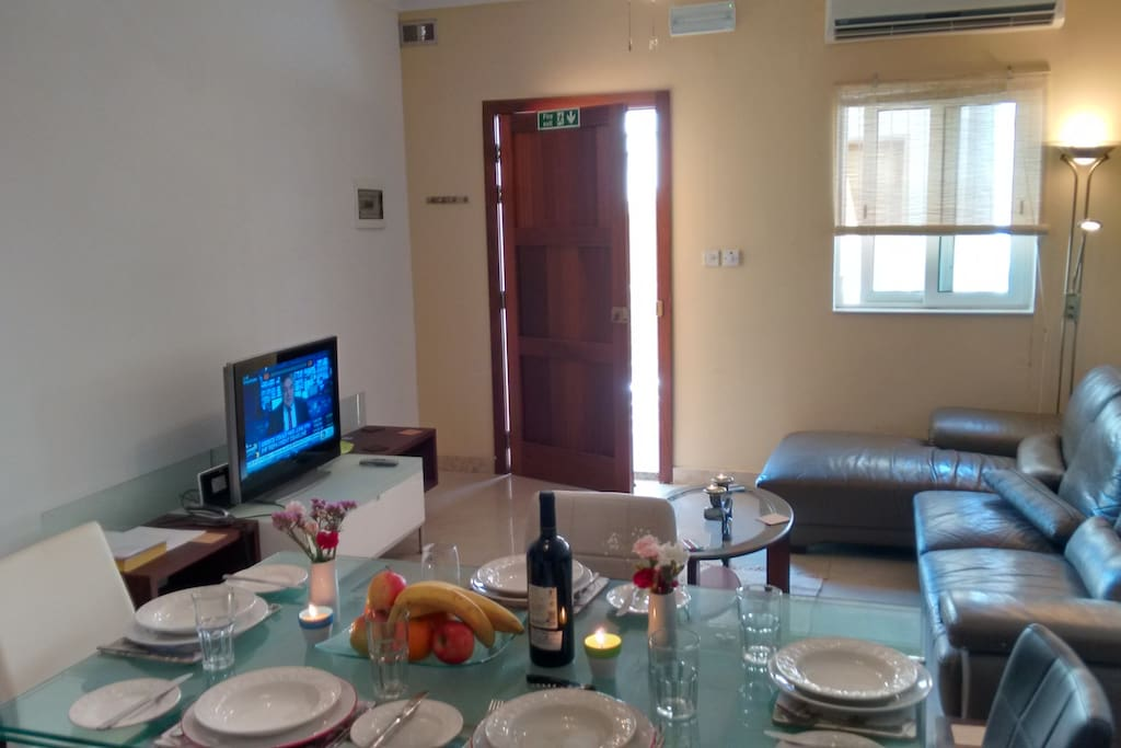 Open plan living, dining and entertaining