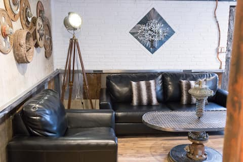 Downtown Cedar City, Artist suite