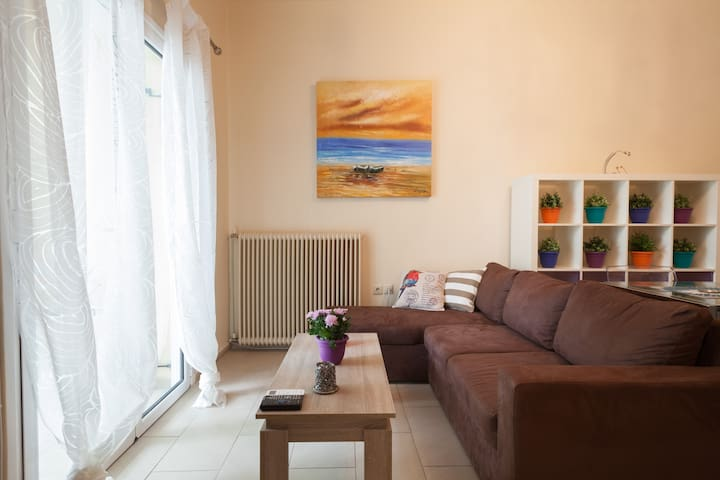 Modern & Independent Comfy Lux Home - Athens - Apartment