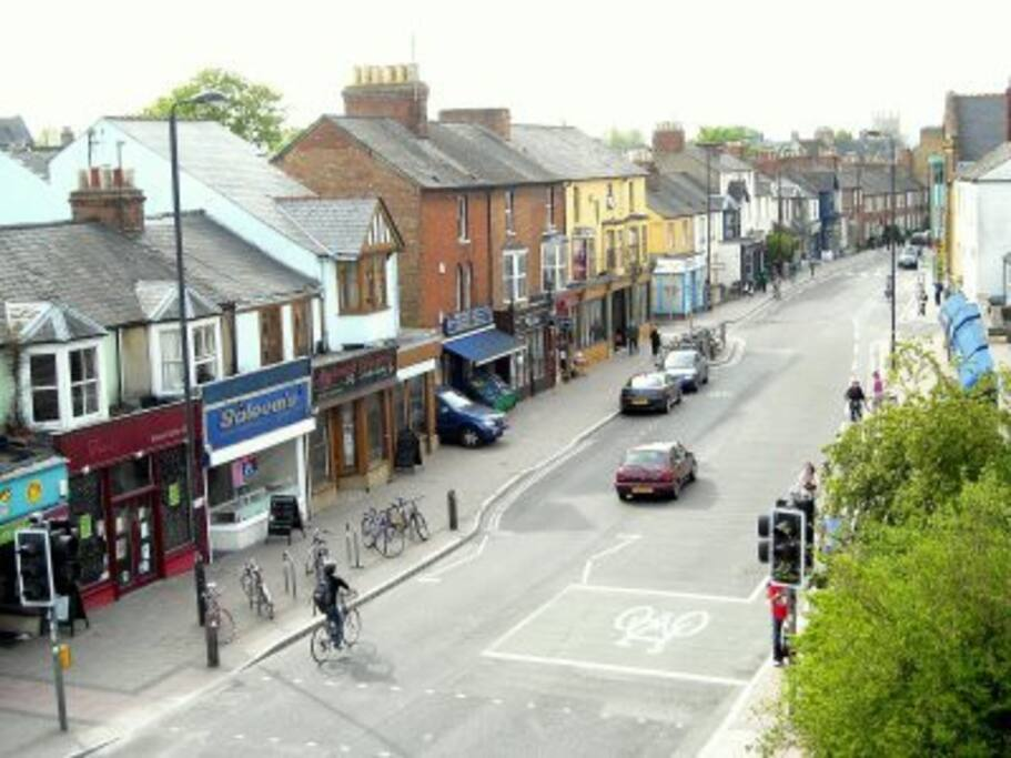 In the heart of Cowley Road. Supermarkey, restaurants and pubs in the same street