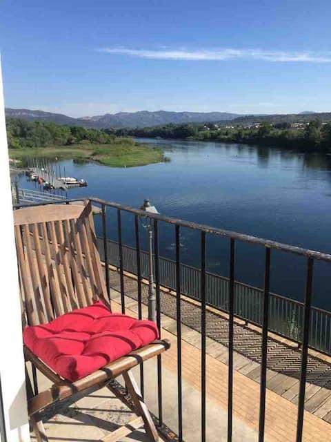 River Ebro Apartments 'river'