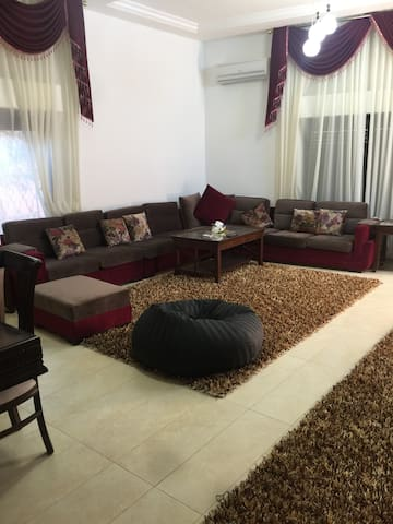 Incredible Villa for rent in Amman