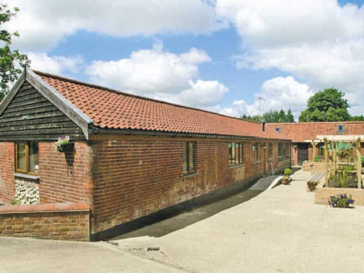 THE STABLES (W42253)
