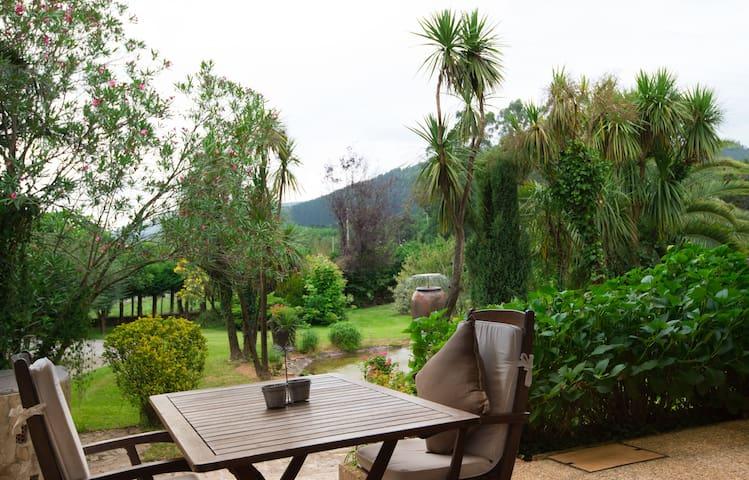 chalet con piscina y jardin privado - Bilbao - Dům