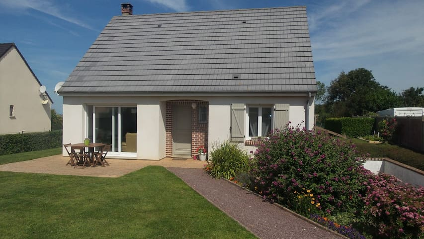 Double room near to Ault - Woignarue - House