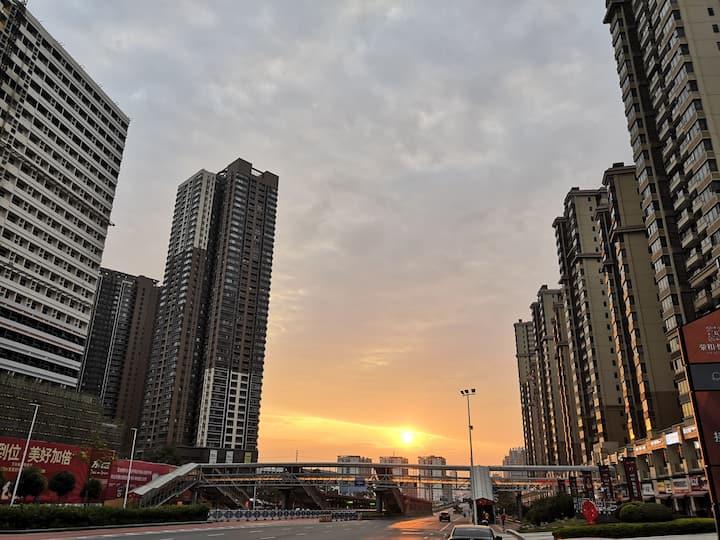 南宁东站附近舒适房间:万科物业BRT地铁无缝连接Nearby Nanningdong station