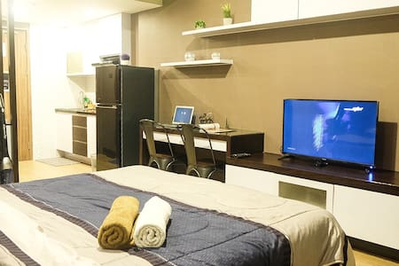 PREMIUM LUXURY 5 STARS APARTMENT GREAT FACILITIES