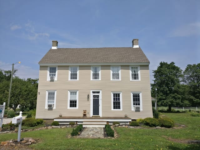 Historic Farmhouse J