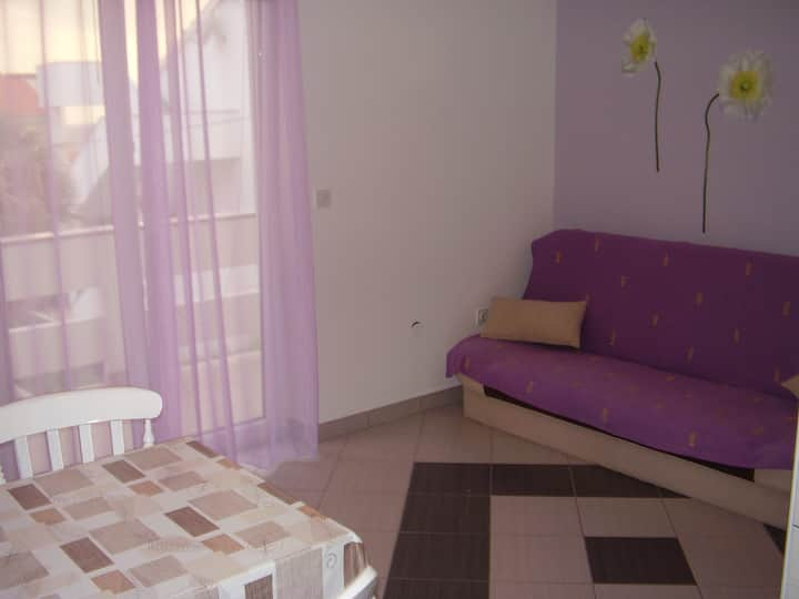 Apartment Lorena for 2-3 persons