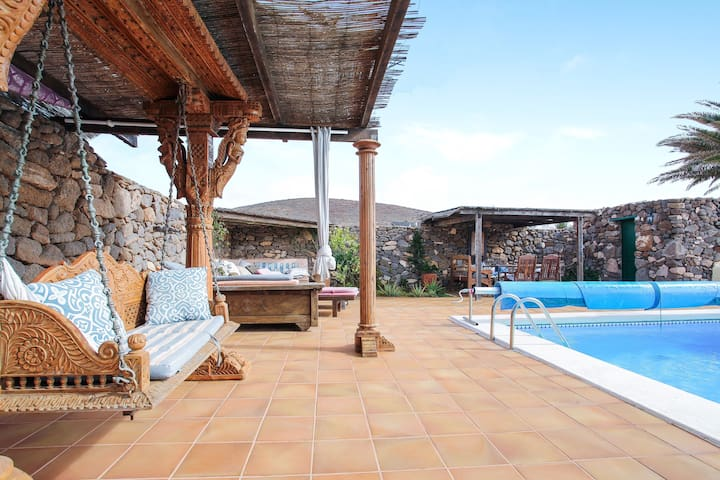 """Charming Holiday Home """"Valle de Femés"""" with Mountain View, Wi-Fi, Balcony, Terrace & Shared Pool; Parking Available"""