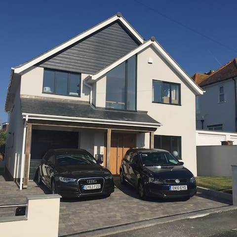 Six bed Brighton seaside home - Saltdean - Casa