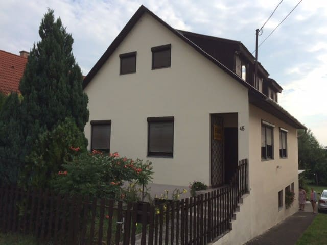 9 min from the Lake 3/3 - Balatonlelle - House