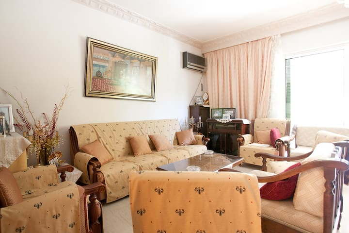Private room at Moschato district. - Moschato - Apartment