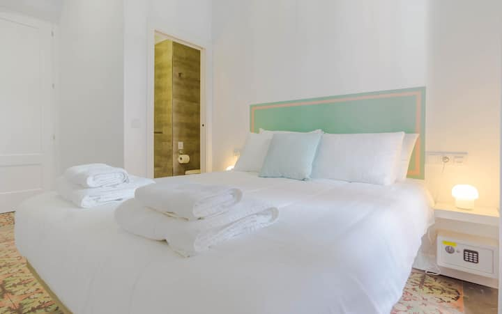 'Ribera' a Boutique Room in the Heart of Ayamonte