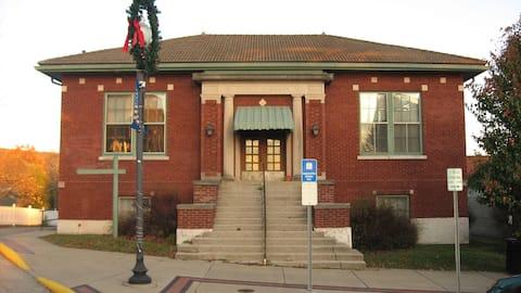 Carnegie Library Building, Majel-Grace Arts Center