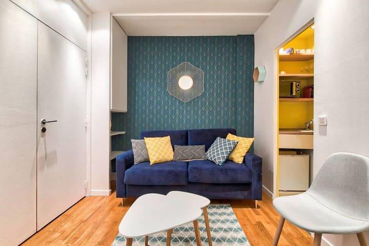 ♥ Quiet apartment near Champs Elysée - 6P