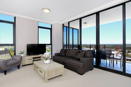 3 bedrooms on Level 17 Australia Towers - ParkView - Sydney Olympic Park - Apartament