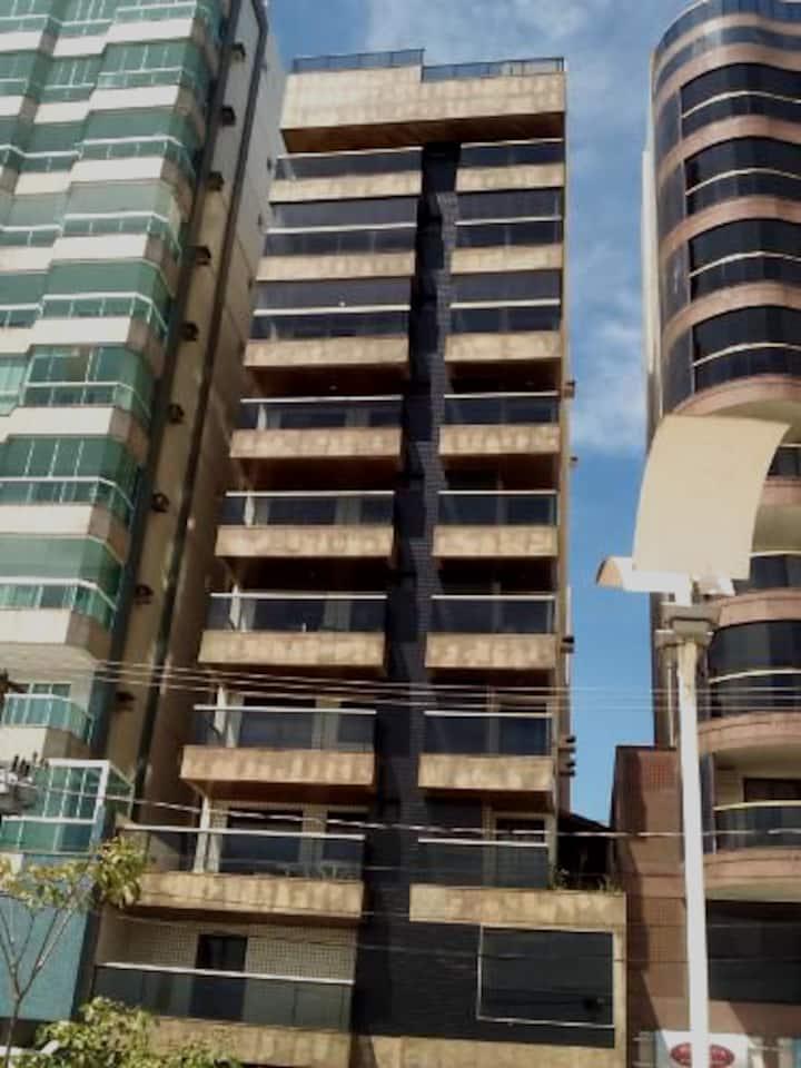 Temporada em prédio na orla da Praia do Morro
