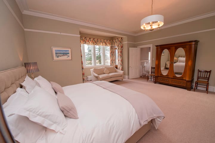 Luxury B&B : Bedroom 2 - Superior King/Twin Room