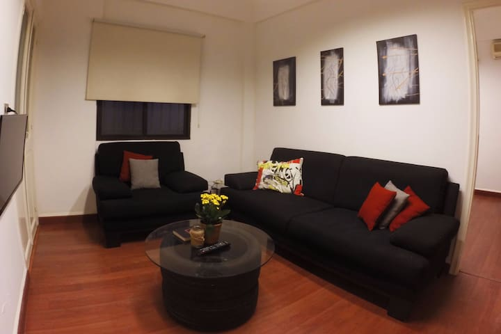 """Like a Local ""- Cosy apartment in Central Beirut"