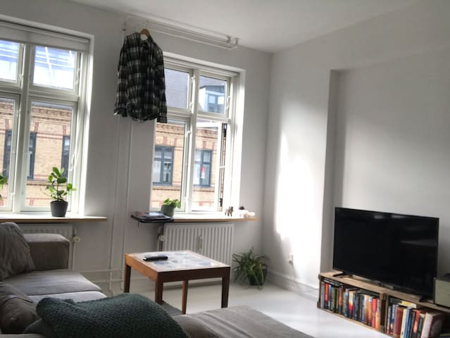 Fantastic flat located in exciting Vesterbro