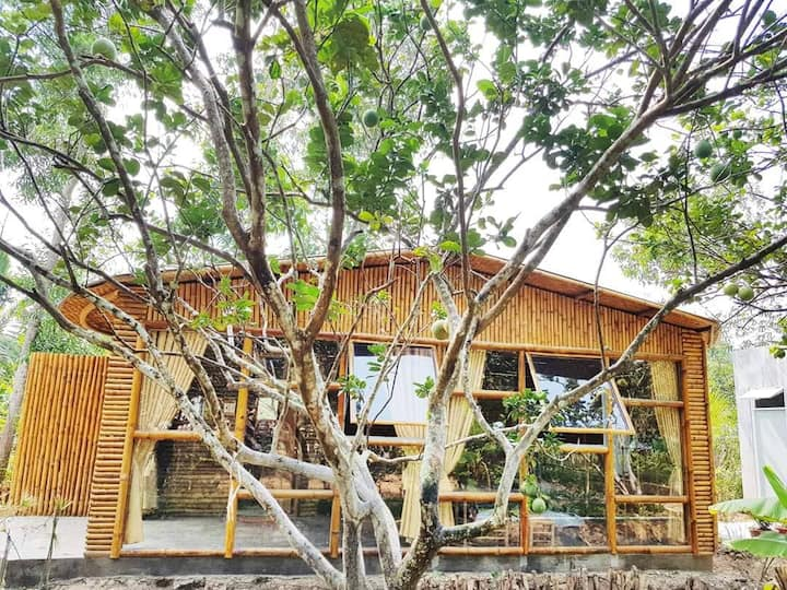 Bamboo House - Hide Away Homestay