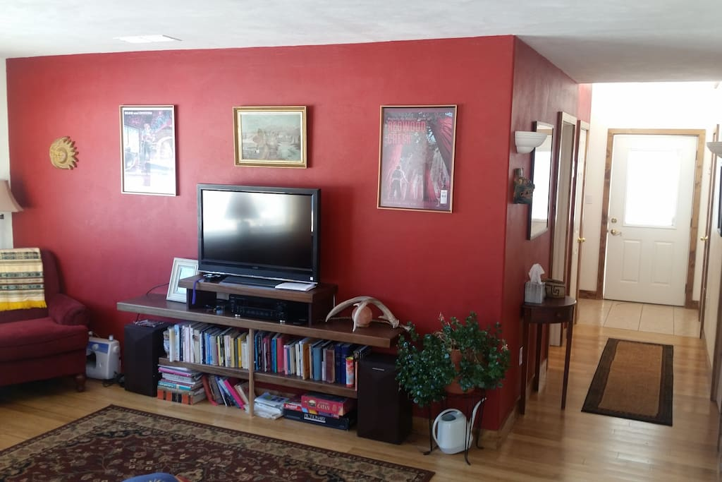Comfy living space (repainted)