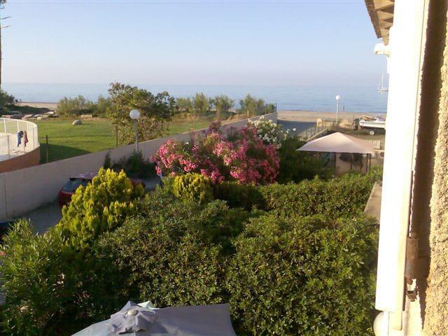 Mini villa à 30m de la plage