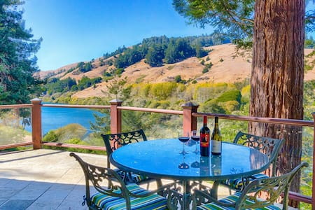 Monte Rio Home with River Views - Occidental