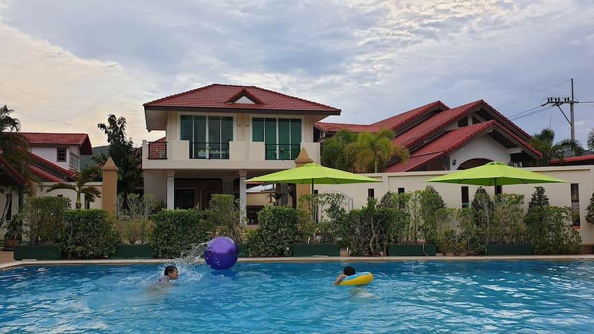 Bangsaray beachside boutique hotel and resort