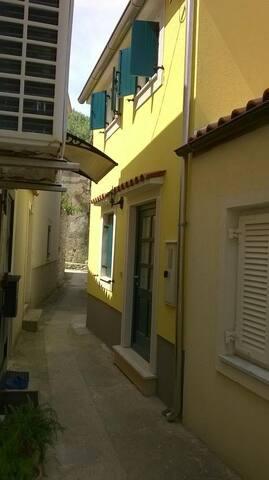 Two bedroom house with terrace Susak, Lošinj (K-11911) - Susak - Other