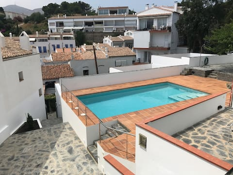 DUPLEX 1 AMB PISCINA, PARKING(opcional) I WIFI