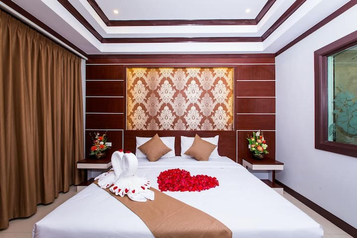 Phi Phi Deluxe Room Double or Twin Bed