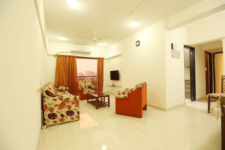 BLISS 02:ANDHERI(W) SPARKLING CLEAN-2BHK APARTMENT
