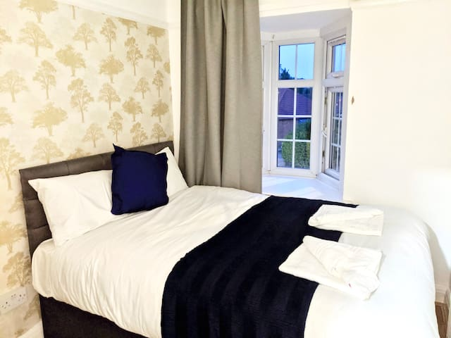 Lovely Double Room Wembley WH4!