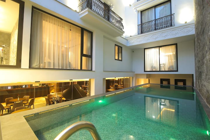 Deluxe Twin Bed Pool Apartment 200M to MyKhe BEACH - Da Nang - Appartement