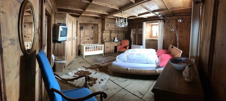 Schlafen in der ehemaligen Kutscherstube...