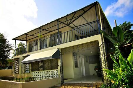 3 bedroom home Bayamon, Puerto Rico - Bayamón