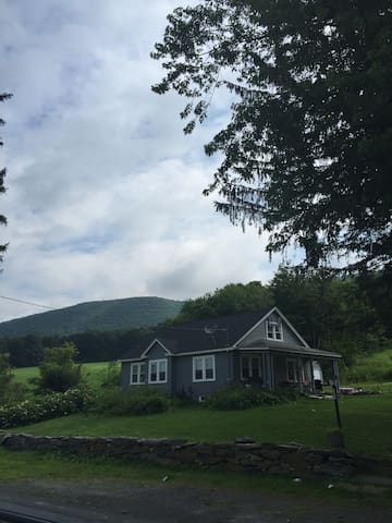Cozy Home In the Berkshires - Stephentown - Huis