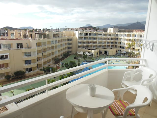 Bright Apartment + Balcony & Pool - Santa Cruz de Tenerife - Apartament