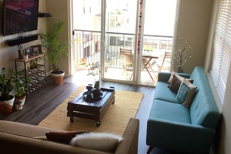 Embrace modern style & convenience - Emeryville