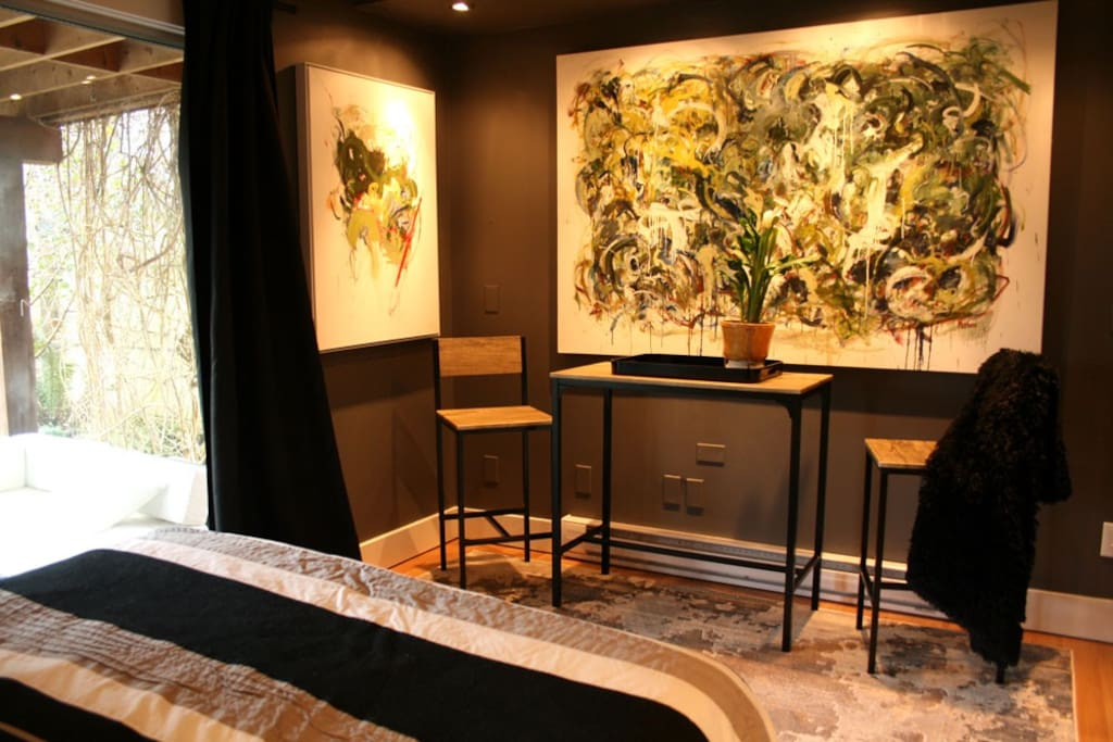 Indoor Bistro Sitting Area.  Plan your visit here with free wifi over a coffee or tea.