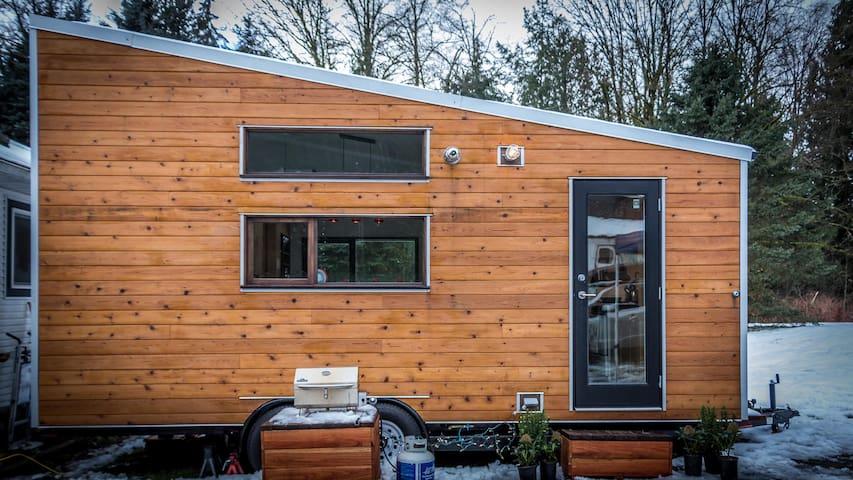 Contemporary Tiny House in Maple Ridge - Maple Ridge - Outro